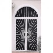 img-hinged-screen-doors
